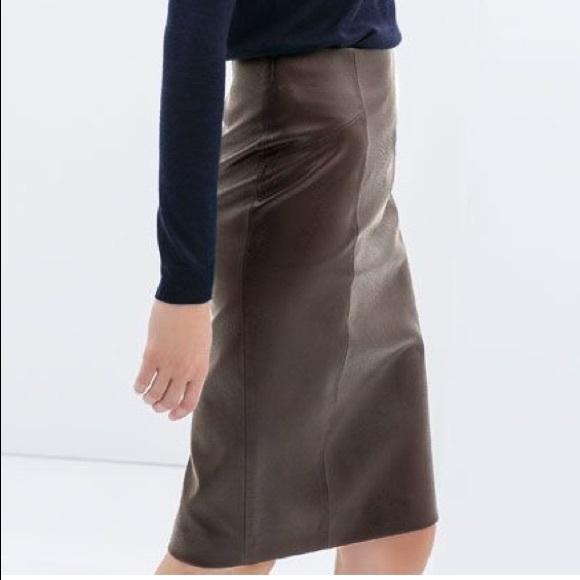 0807e1a75e Zara Skirts   Euc Snakeskin Faux Leather Pencil Skirt   Poshmark